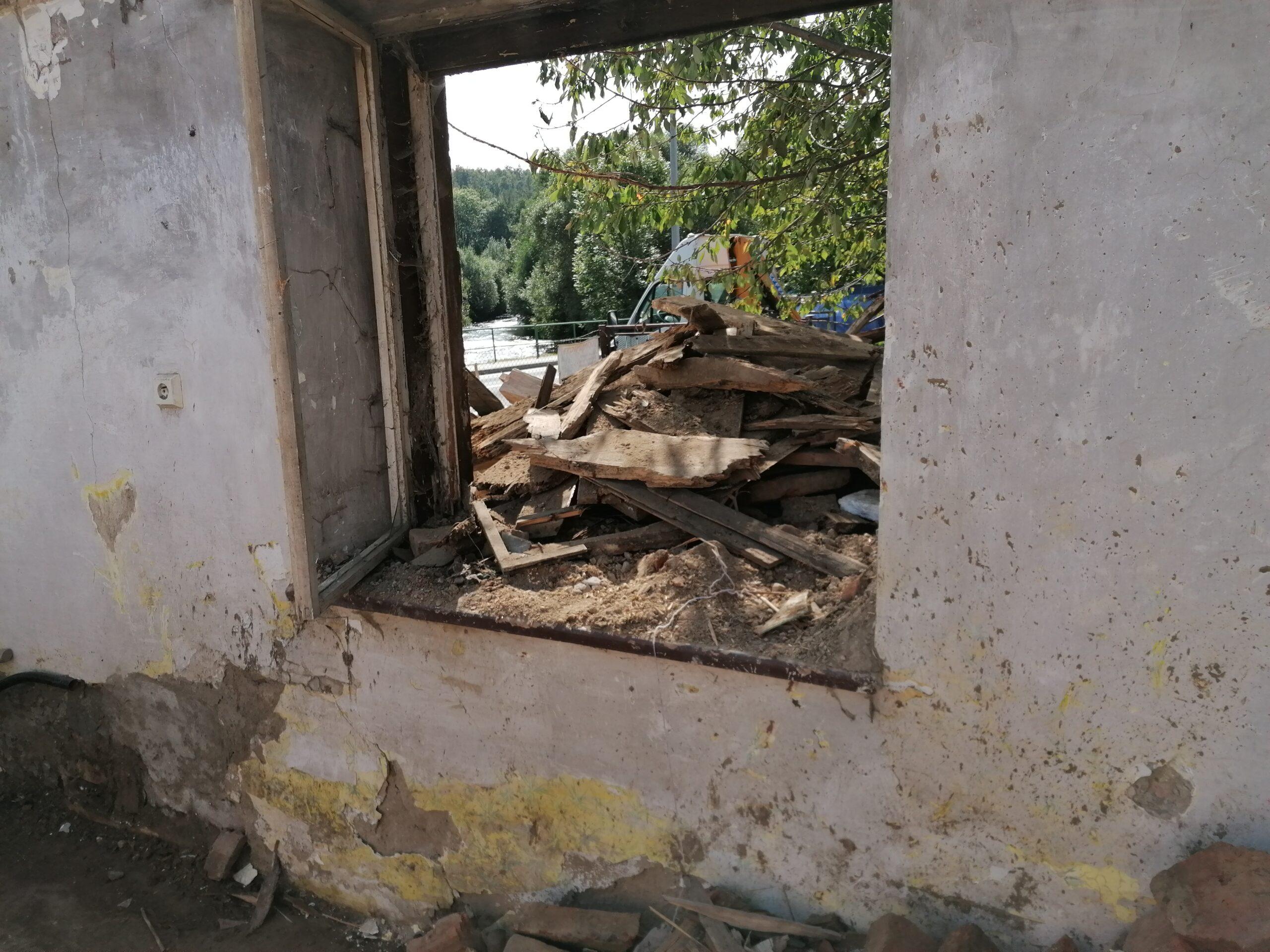 Demoliční a uklidové práce